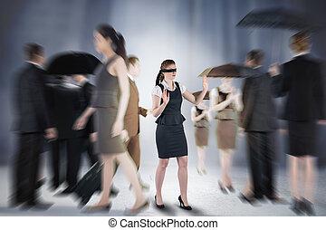 vermischt bild, von, rothaarige, geschäftsfrau, in, a, augenbinde
