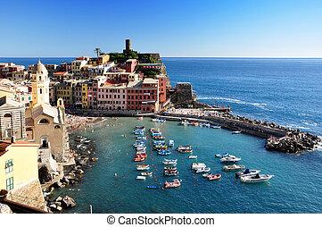Vernazza, Cinque Terre - Vernazza fisherman village, Cinque...