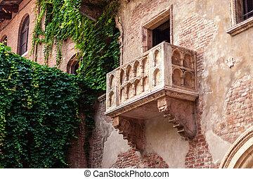 VERONA, ITALY - June 25, 2017: Romeo and Juliet Balcony and...