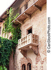 VERONA, ITALY - June 25, 2017: Romeo and Juliet Balcony and...