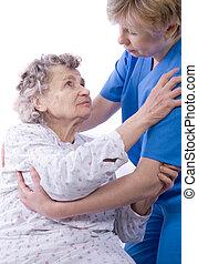 verpleegkundige, met, een, oude vrouw