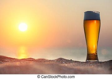 verre, bière, coucher soleil