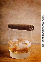 verre, cigare, whisky