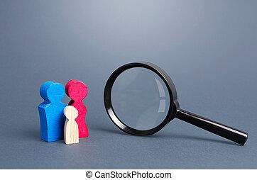 verre., couples, recherche, gène, symbolizing, études, research., population., famille, adopter, démographique, magnifier, policy., society., intégration, enfants, figurines, orphaned