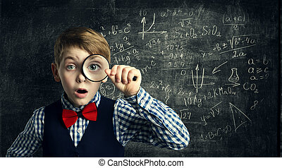 verre, garçon, école, mathématiques, étude, stupéfié, étudiant, enfant, loupe, education, gosse, magnifier, math