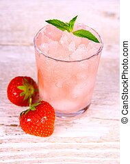 verre, neige fondue, fruits, menthe, fraise