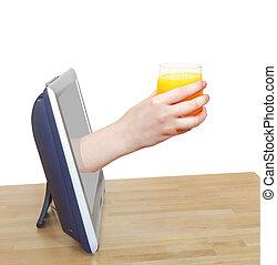 verre, tv, penche, main, jus, orange, frais, dehors