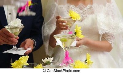 verres vin, pyramide, mariage
