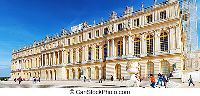 VERSAILLES FRANCE - SEPTEMBER 21 Main entrance of  Versailles, France on september 21, 2013. Palace Versailles was a Royal Chateau-most beautiful palace in France and word.