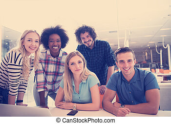 versammlung, start, multiethnic, geschäft mannschaft