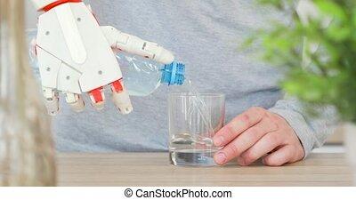 verser, prothétique, kitchen., main, arrosez verre, bouteille, robotique, homme