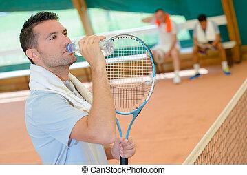 versieren, tennis, karaf, drinkt, man