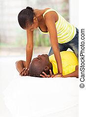 Verspielt, Paar, junger, afrikanisch