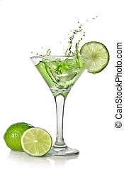 vert, alchohol, cocktail, à, éclaboussure, et, vert, chaux, isolé, blanc