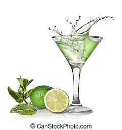 vert, alcool, cocktail, à, éclaboussure, chaux, et, menthe, isolé, blanc
