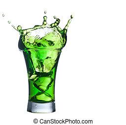 vert, alcool, cocktail, ensemble, à, éclaboussure, blanc