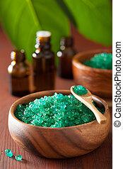 vert, herbier, sel, et, huiles essentielles, pour, spa, bain