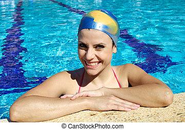 verticaal, glimlachende vrouw, pool, zwemmen