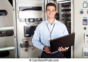 verticaal, industriebedrijven, mannelijke , ingenieur