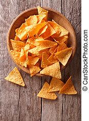 verticaal, koren, boven, aanzicht, nachos, tafel., frites, kom
