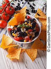 verticaal, koren, close-up., nachos, smakelijk, frites, cuisine:, mexicaans salsa