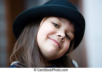 verticaal, meisje, zwarte hoed
