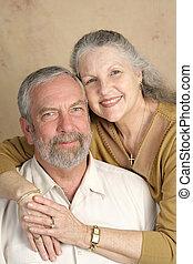 verticaal, paar, middelbare leeftijd