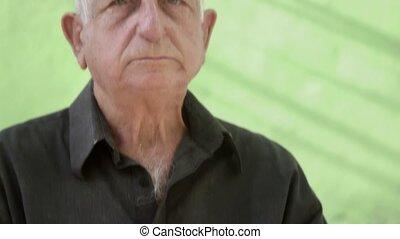 verticaal, van, bezorgd, verdrietige , bejaarde