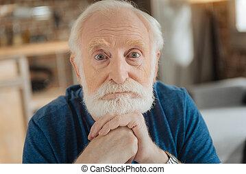 verticaal, van, een, aardig, oudere man