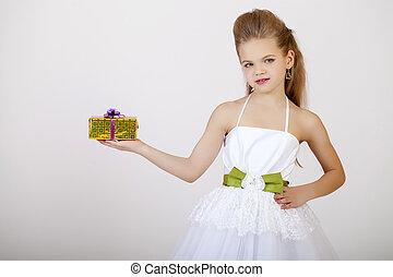 verticaal, van, een, klein meisje, in, witte , classieke, jurkje