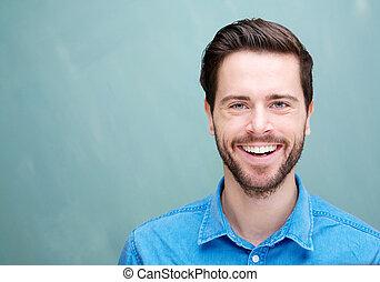 verticaal, van, een, mooi, jonge man, met, baard, het glimlachen