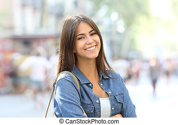 verticaal, van, een, mooi, tiener, met, perfect, glimlachen