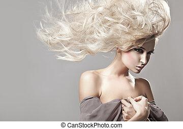verticaal, van, een, vrouw, met, lang, blonde haar