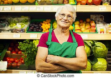 verticaal, van, middelbare leeftijd , winkel, arbeider