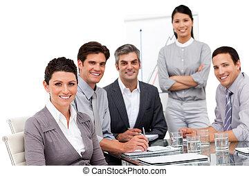 verticaal, van, multicultureel, handel team, gedurende, een,...