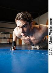 vertical, imagen, de, boxeador, hacer, empujón, aumentar