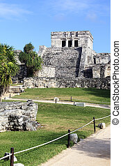vertical view of Tulum ruins