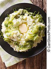 verticale, patata, cima, piatto, pietanza, closeup, colcannon, tavola., vista