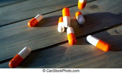 vertragen, medisch, motie, geregen, pillen, tafel