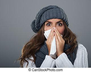 vervelend, vrouw, sneezing, jonge, warme, hoedje