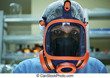 vervelend, vrouw, wetenschappelijk, werkende , gasmasker, laboratorium, verticaal
