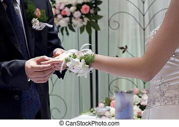 verwisselen, paar, jonge, hun, trouwring, dag