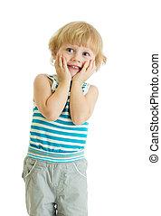 verwonderd, jongetje, met, handen op wangen, op, witte achtergrond