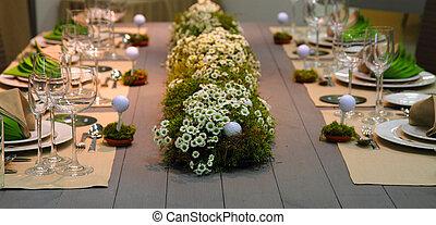 wedding golf table