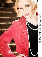 veste, femme, jeune, blonds, rouges