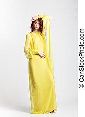 vestido, menina, elegante, vermelho-haired, longo, amarela