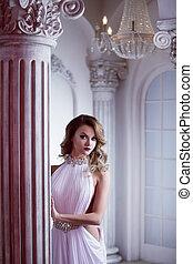 vestire, donna, giovane, lussuoso, sexy, ritratto, bianco, salone, colonne
