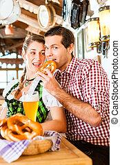 vete, restaurang, öl, drickande, par, bayersk