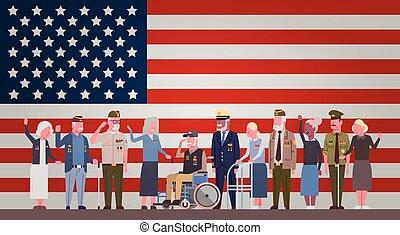 veteranos día, celebración, nacional, norteamericano, feriado, bandera, con, grupo, de, jubilado, militar, gente, encima, bandera de los e.e.u.u, plano de fondo