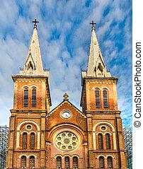 vetnam, dama notre, basílica, catedral, saigon.